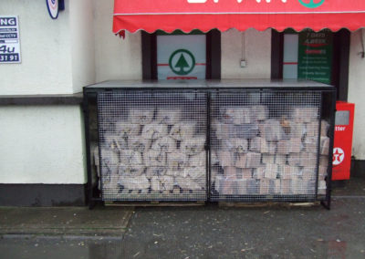 We also supply netted logs and kindling for retail